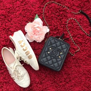 """💯Auth $890 GUCCI Falacer """"GUCCY"""" Unisex Sneakers"""